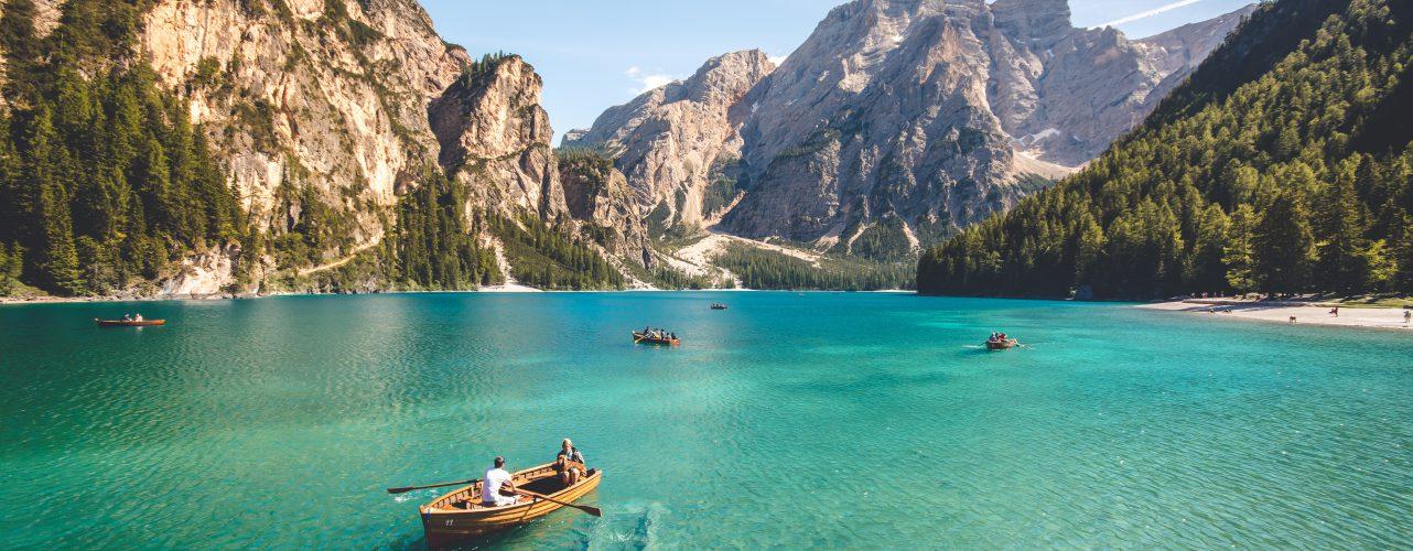 Tour e viaggi nei laghi italiani turismo lacustre italia - Diversi tipi di turismo ...